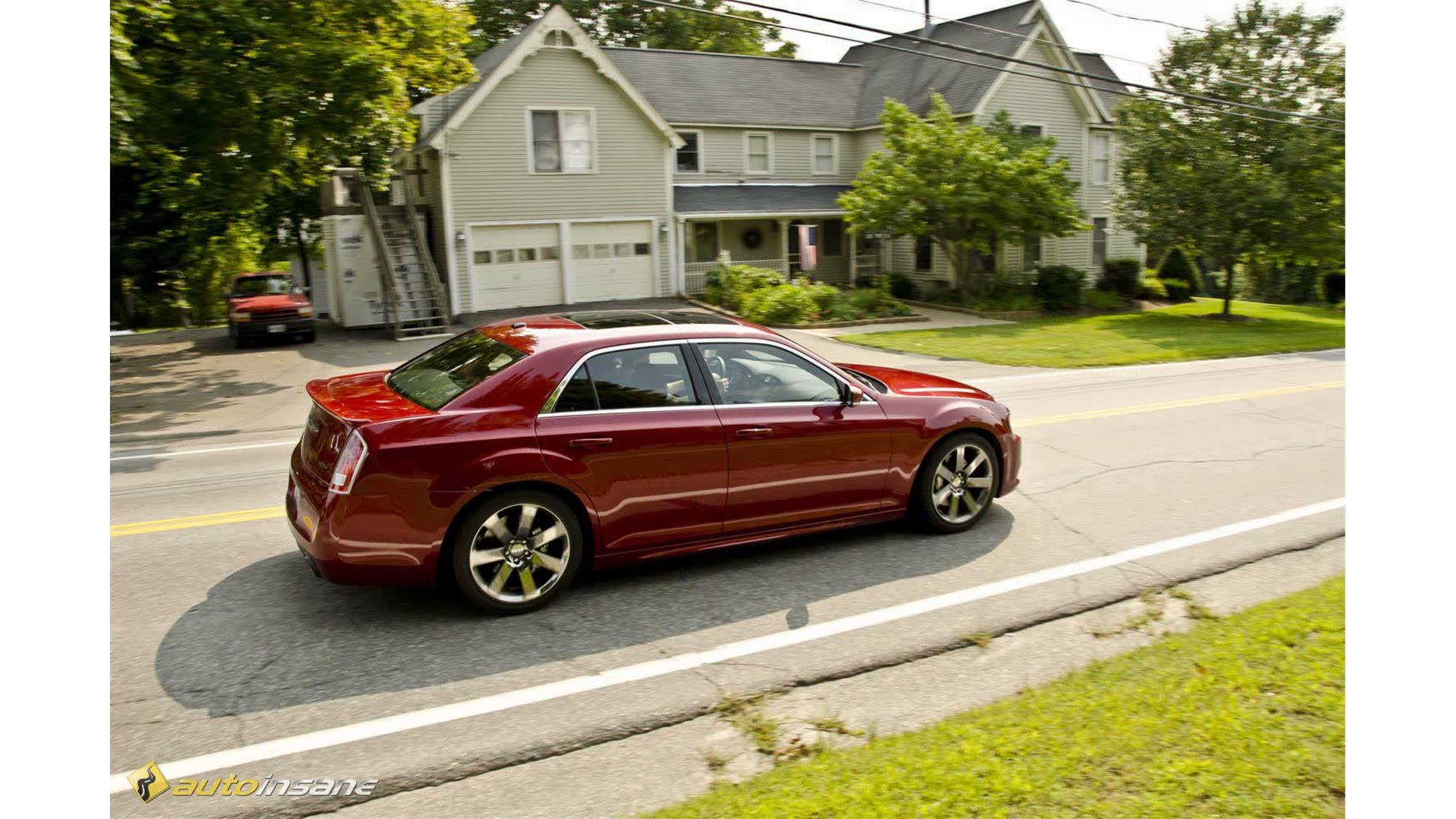 2015 Chrysler 300srt8 Car Review Video