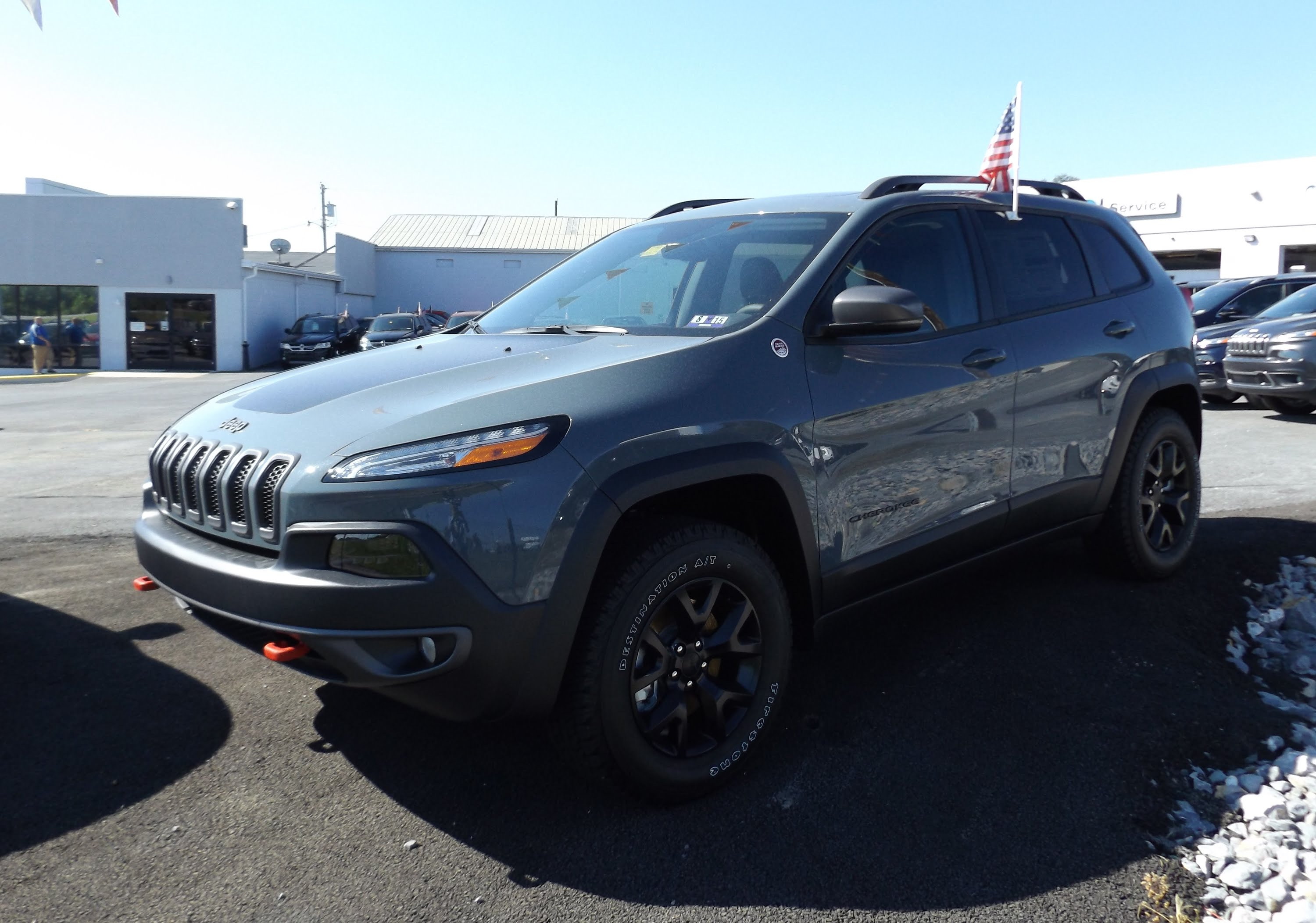 2015 Jeep Cherokee trailhawk Car Review Video