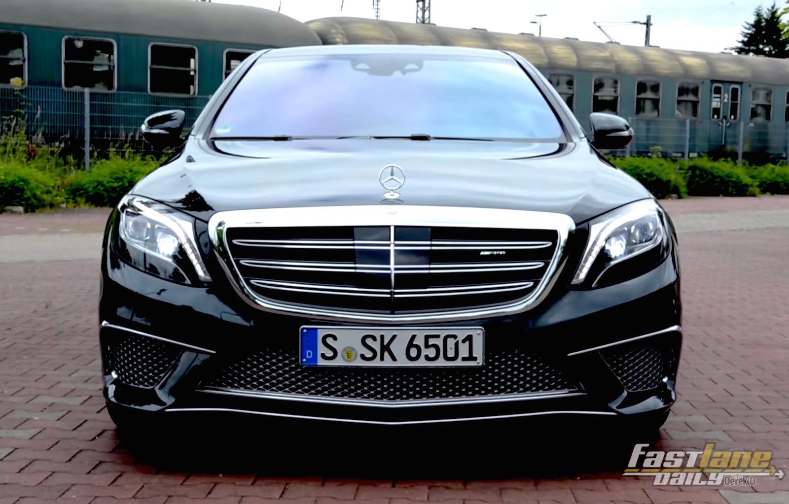 2015 Mercedes-Benz S65AMG Car Review Video